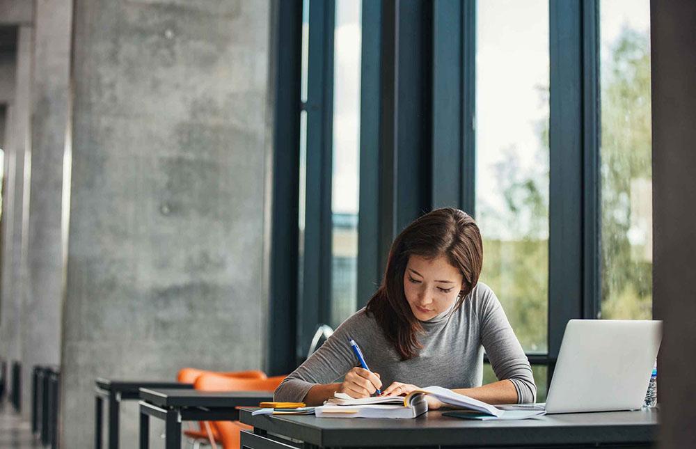 Produtividade no trabalho permite estudar mais
